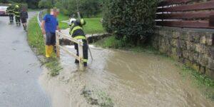 Přívalové deště, které se včera odpoledne přehnaly přes Zlínský kraj páchaly škody na majetku