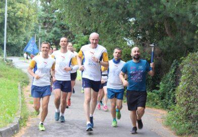 Mírový běh zavítal do Rožnova. Odhalena byla i slavnostní plaketa, 132/2020
