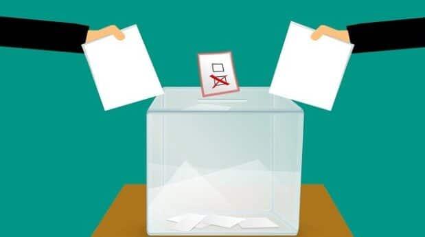 Jste v karanténě a chcete volit? Od 22. září se můžete přihlašovat pro využití přenosné schránky