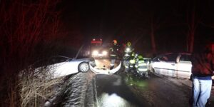 Dopravní nehoda u Stříteže nad Bečvou. Spolujezdkyně skončila v nemocnici